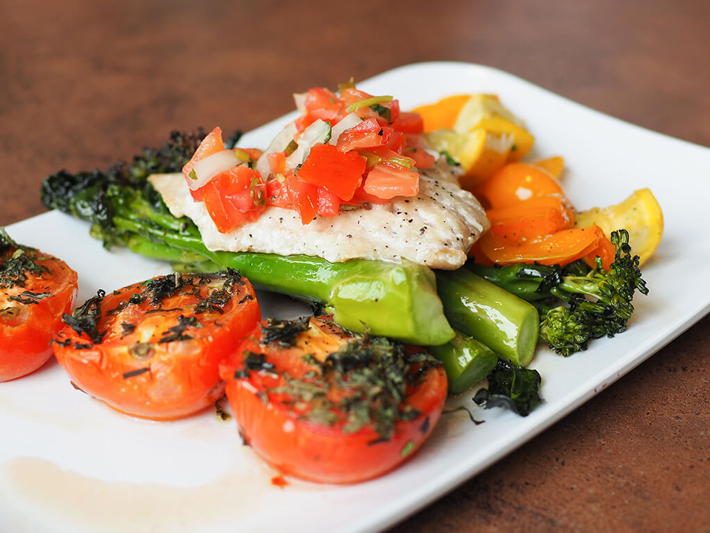Various vegetables with chicken breast